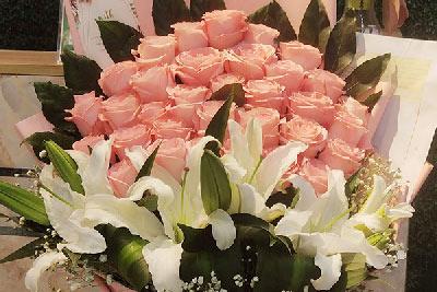 七夕节给老婆送花,重拾初恋般的感觉!