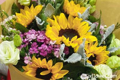 女儿大学毕业典礼送什么花?