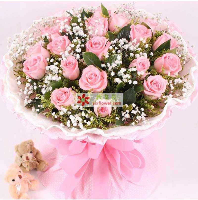 19枝粉玫瑰,2只小熊,满天星外围搭配