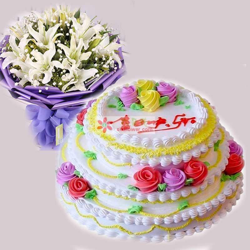奶油蛋糕第一层12寸,第二层10寸,第三层8寸,白色多头香水百合12支,三层奶油蛋糕,花束黄莺满天星点缀