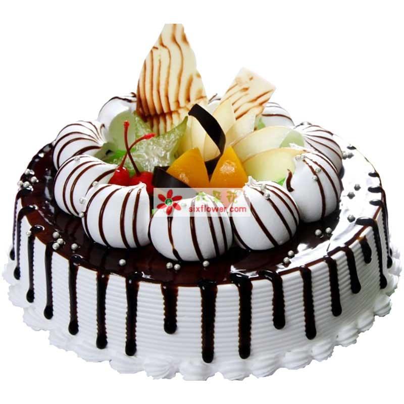8寸圆形欧式蛋糕,时令水果、巧克力装饰