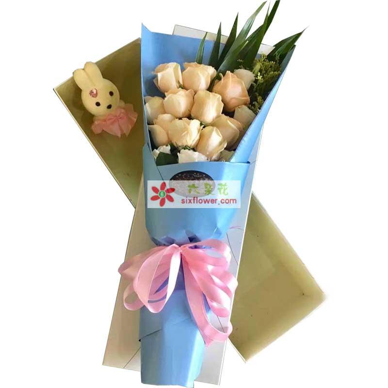 9枝香槟玫瑰,3枝桔梗(或白色玫瑰),黄英、配叶搭配