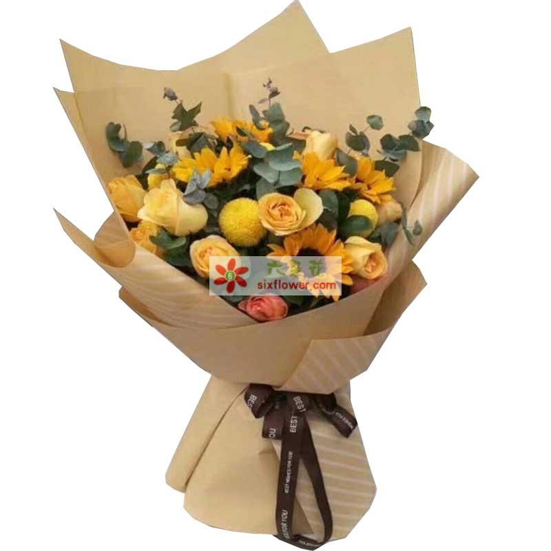 6枝向日葵,11枝香槟玫瑰,4枝黄金球(或4朵百合),尤加利丰满