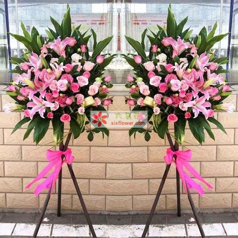 48枝戴安娜粉色玫瑰,8朵粉色百合,配叶丰满
