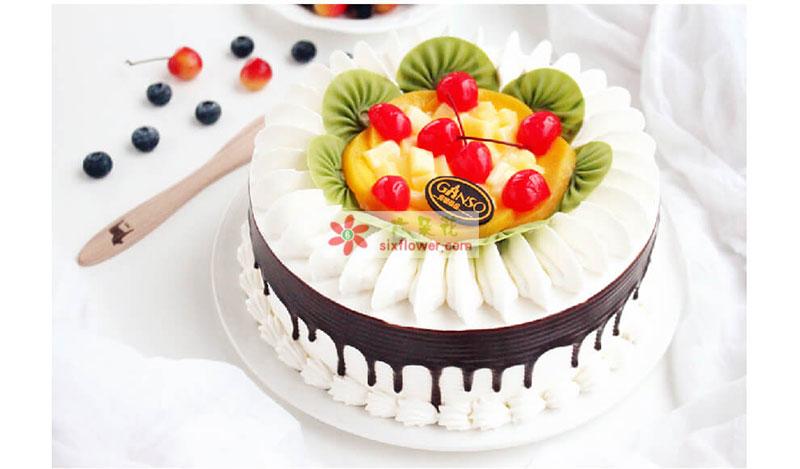 8寸元祖鲜奶水果蛋糕
