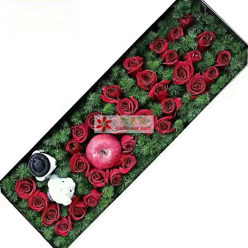 39枝红色玫瑰,2个苹果,2只小熊