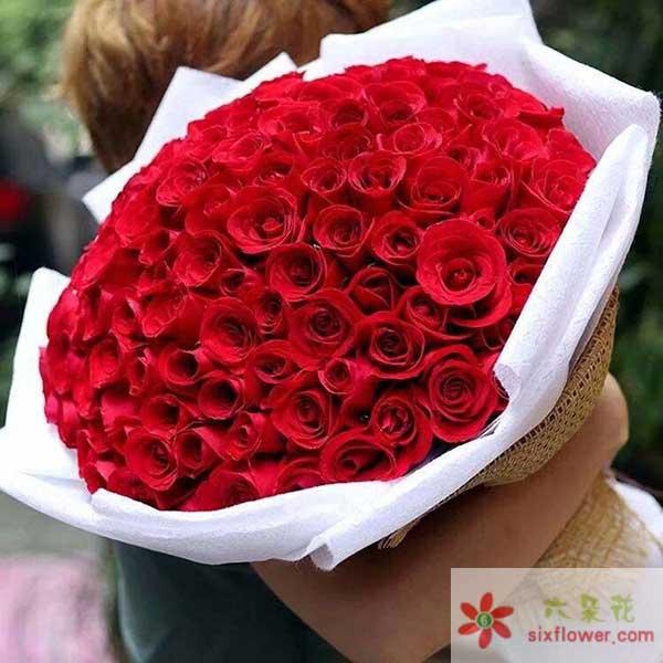 情人节的花为何卖得如此贵?