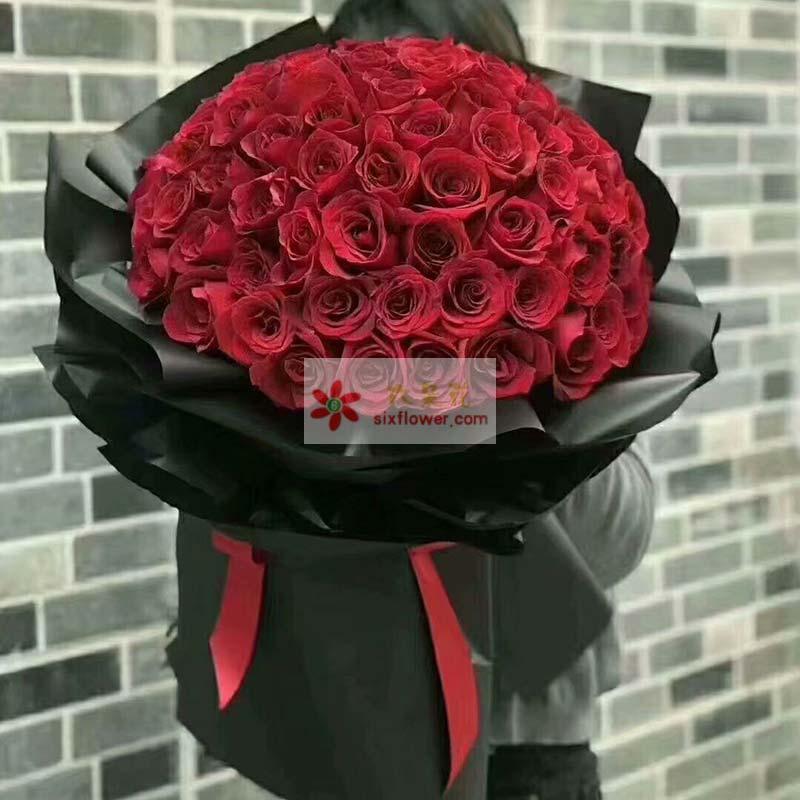 99枝红色玫瑰;