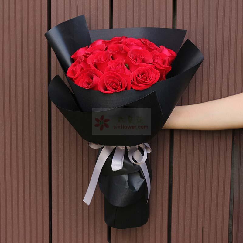21枝红色玫瑰;