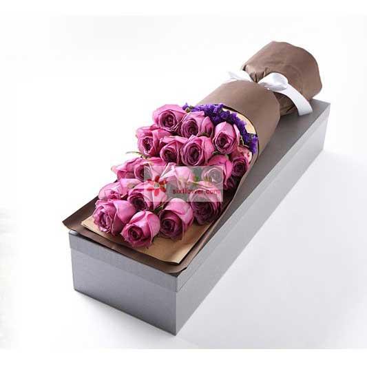 18支紫色玫瑰