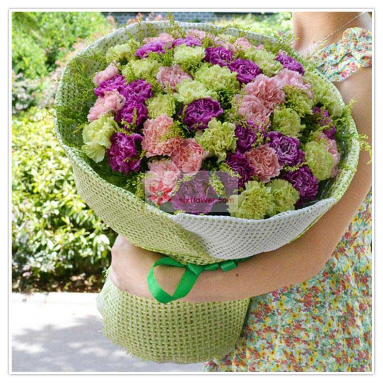 39朵康乃馨(粉色+绿色+紫色),黄英点缀