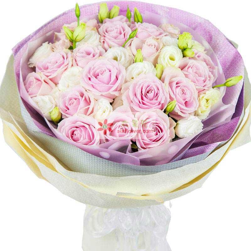 16朵粉色佳人玫瑰,桔梗搭配