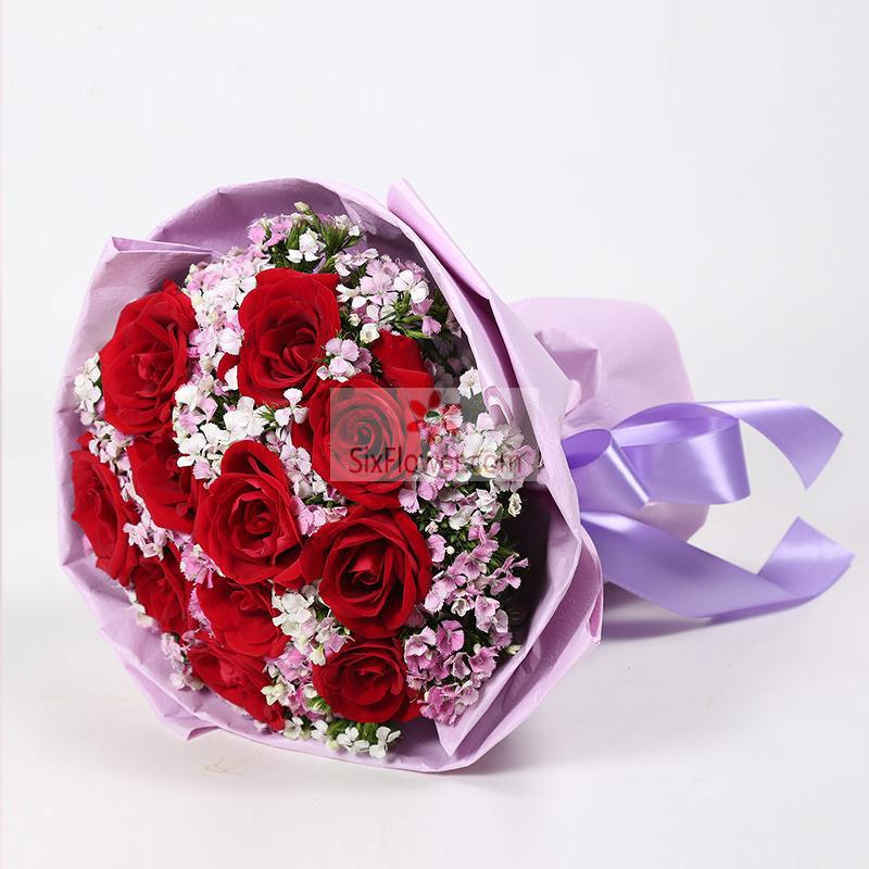 11朵红玫瑰,相思梅丰满