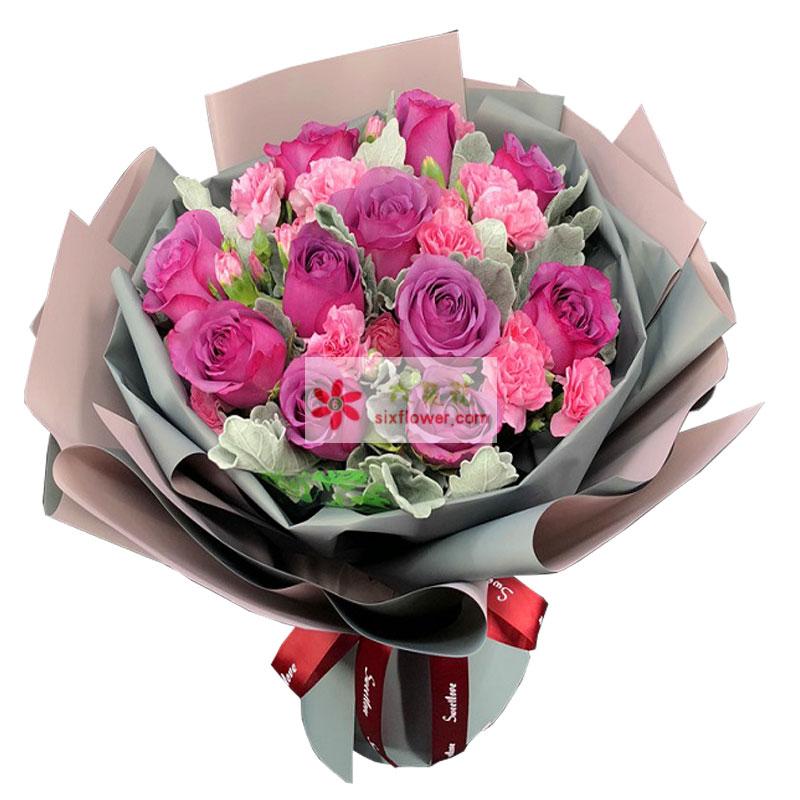 32朵粉色康乃馨,黄英、尤加利丰满