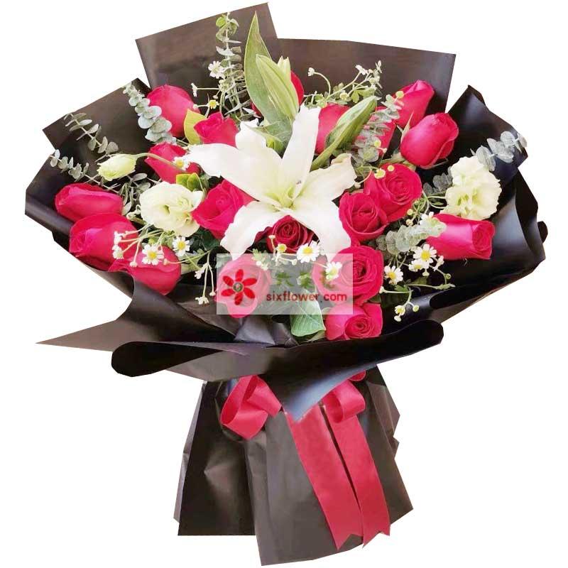 19朵红玫瑰百合,爱情是一首美丽的歌
