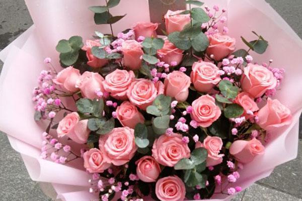 女朋友生日送花,给她送这些花浪漫而甜蜜!