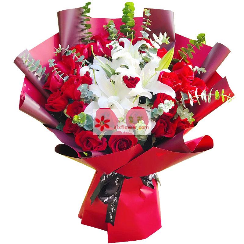 29朵红玫瑰百合,对你的爱与思念