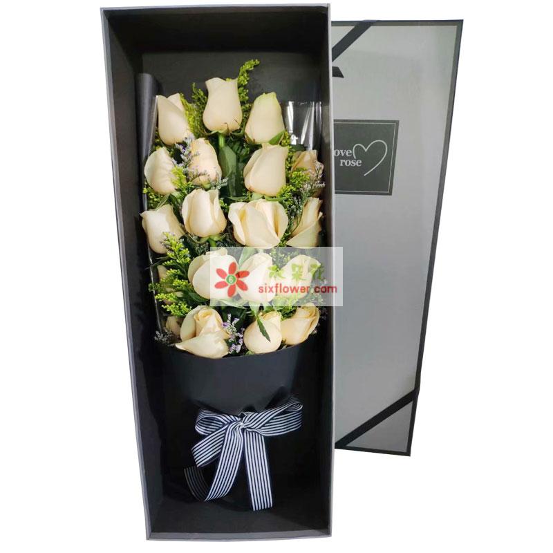 19朵香槟玫瑰礼盒,爱你就是甜