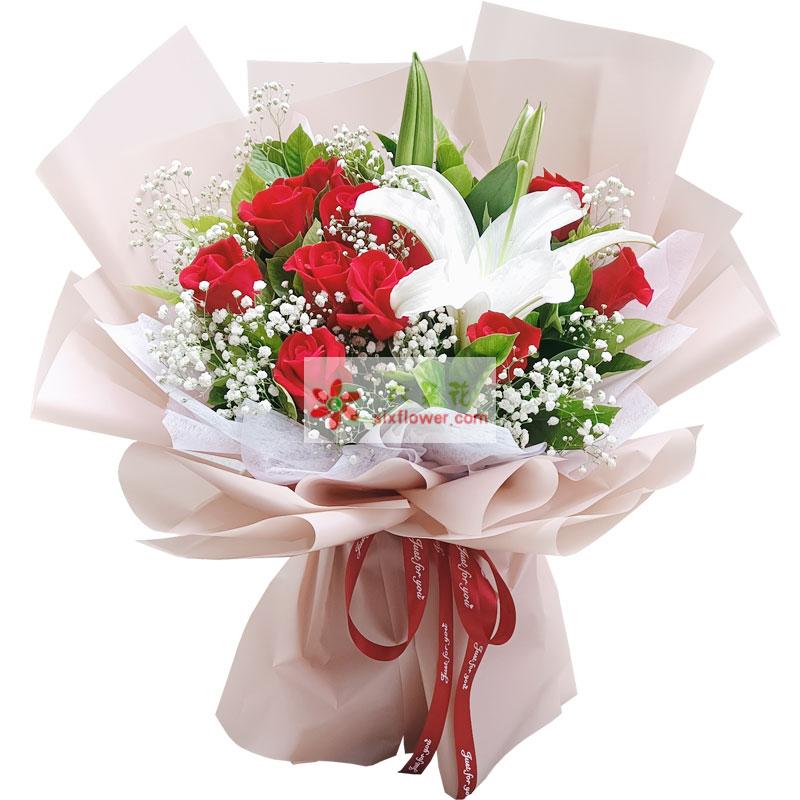 11朵红玫瑰百合,岁月里的每一天都要爱你