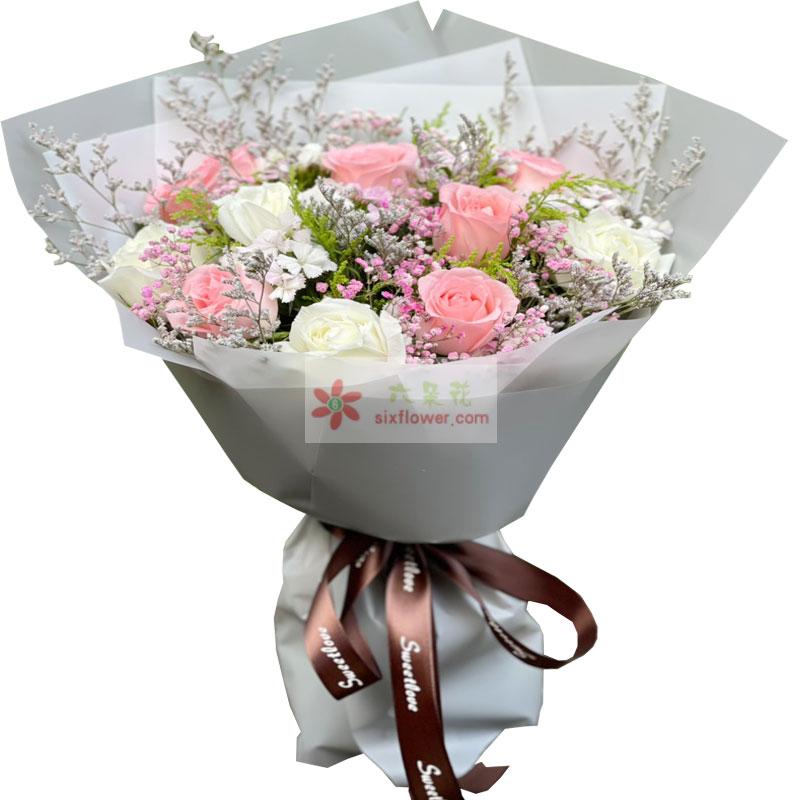 11朵玫瑰,爱相互融合