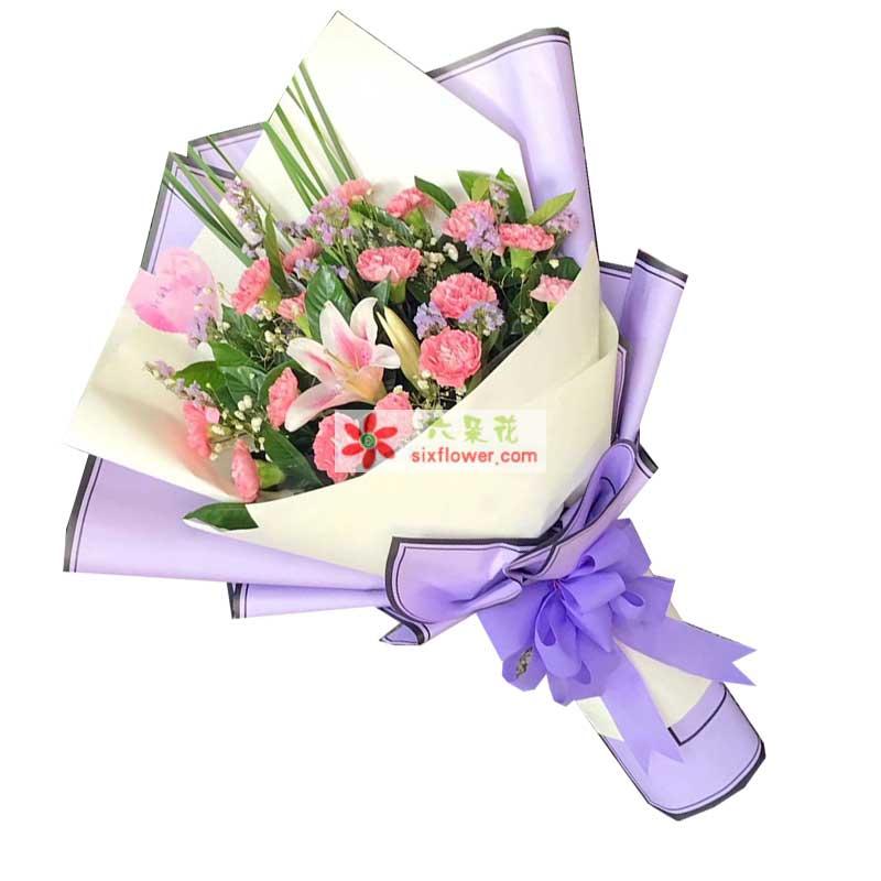 8枝康乃馨,2枝多头粉色百合,勿忘我、满天星、橛子叶丰满,剑叶搭配