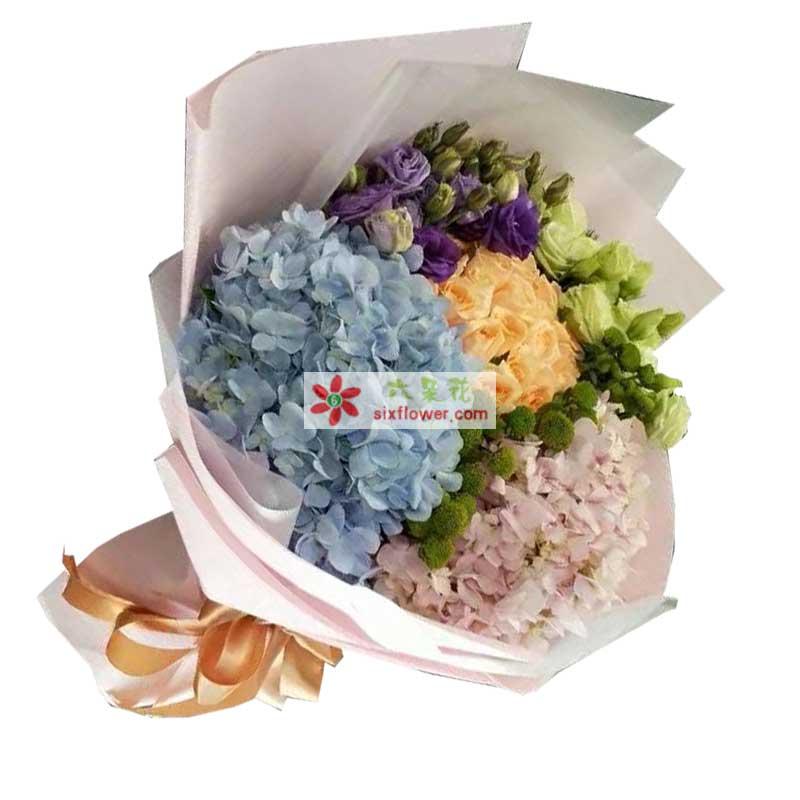 12枝香槟玫瑰,紫色、绿色桔梗一扎,一只蓝色绣球、一只粉色绣球,小雏菊点缀