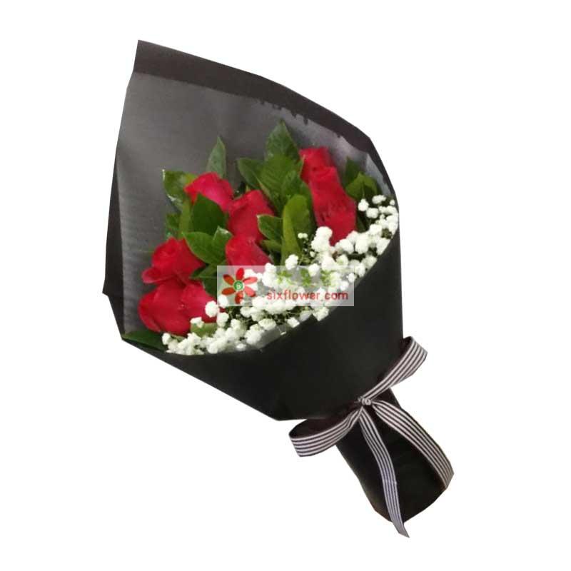 9枝红色玫瑰,橛子叶、满天星搭配