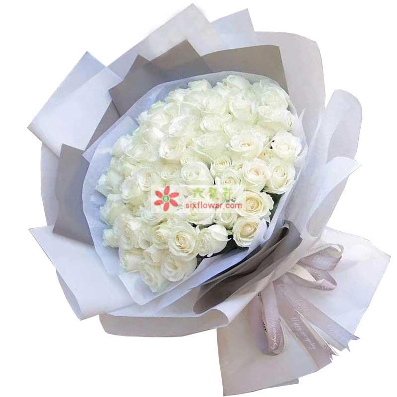 33枝白色玫瑰