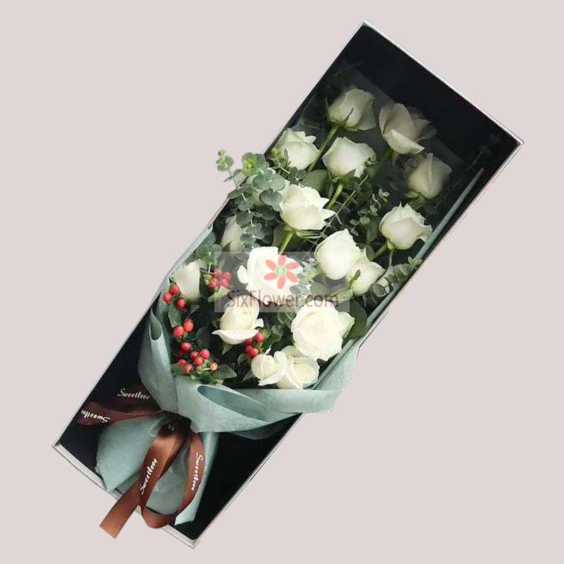 19朵白玫瑰礼盒,心中思念