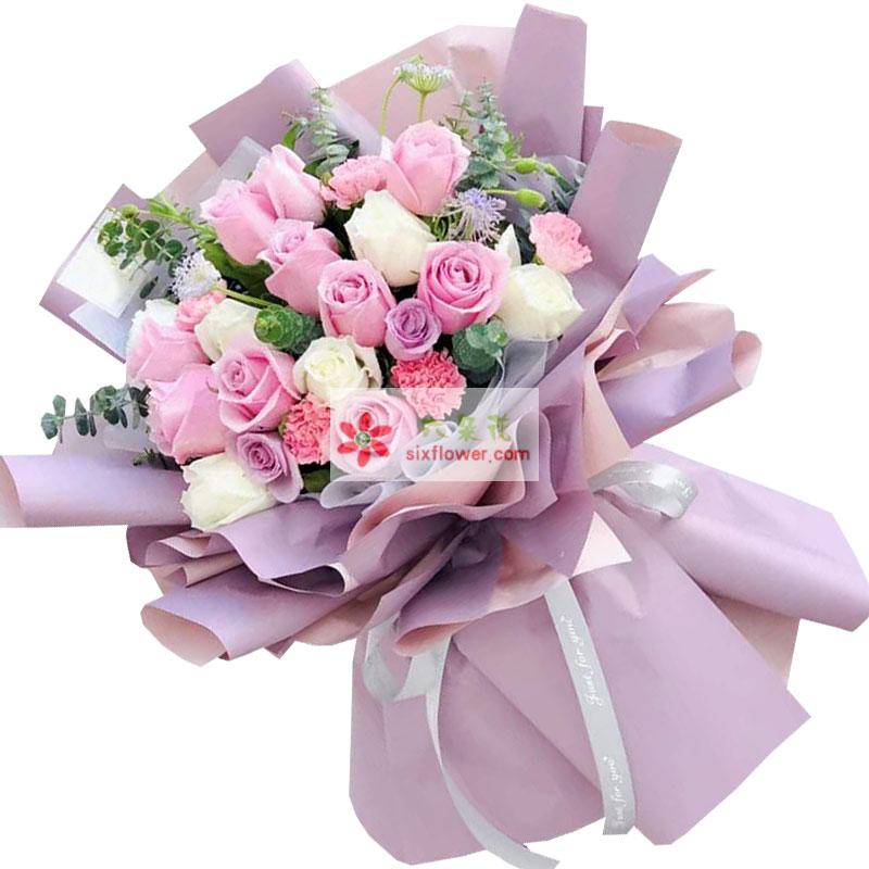 17朵玫瑰,爱的围绕