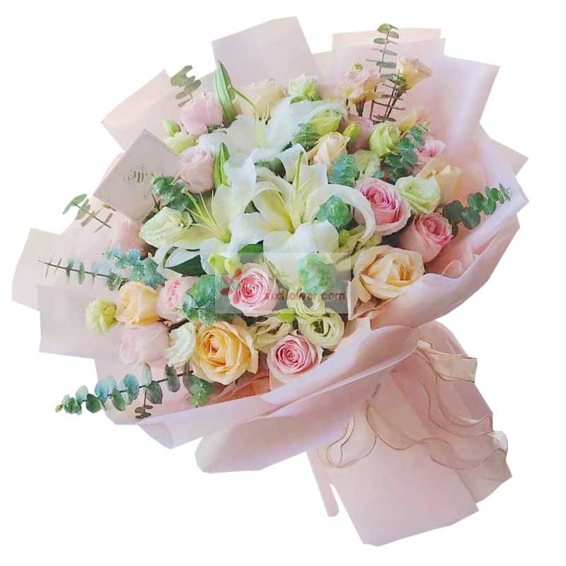 21朵玫瑰混搭百合,爱你的心永不变