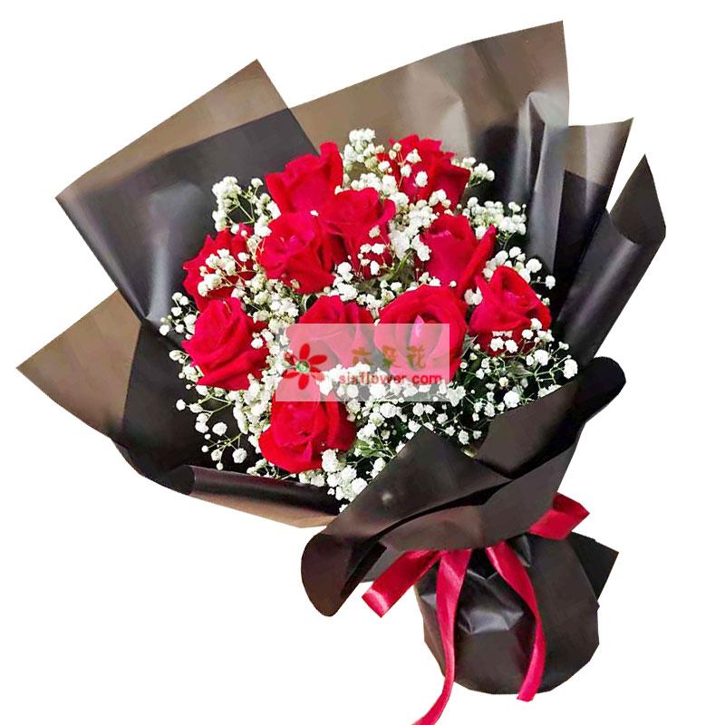12朵红玫瑰满天星,可爱的人儿