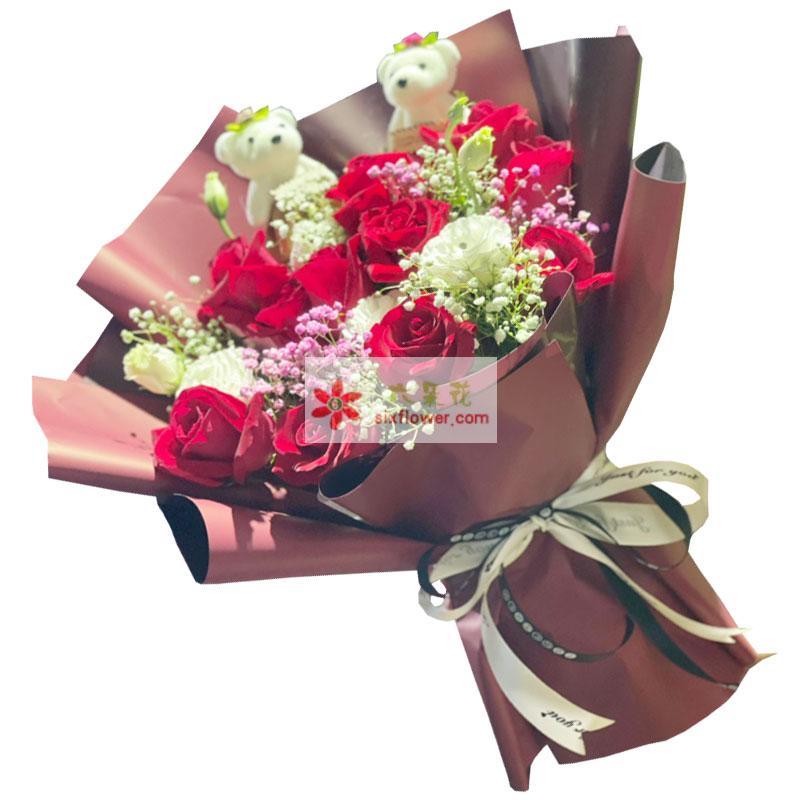 12朵红玫瑰桔梗,爱你永远