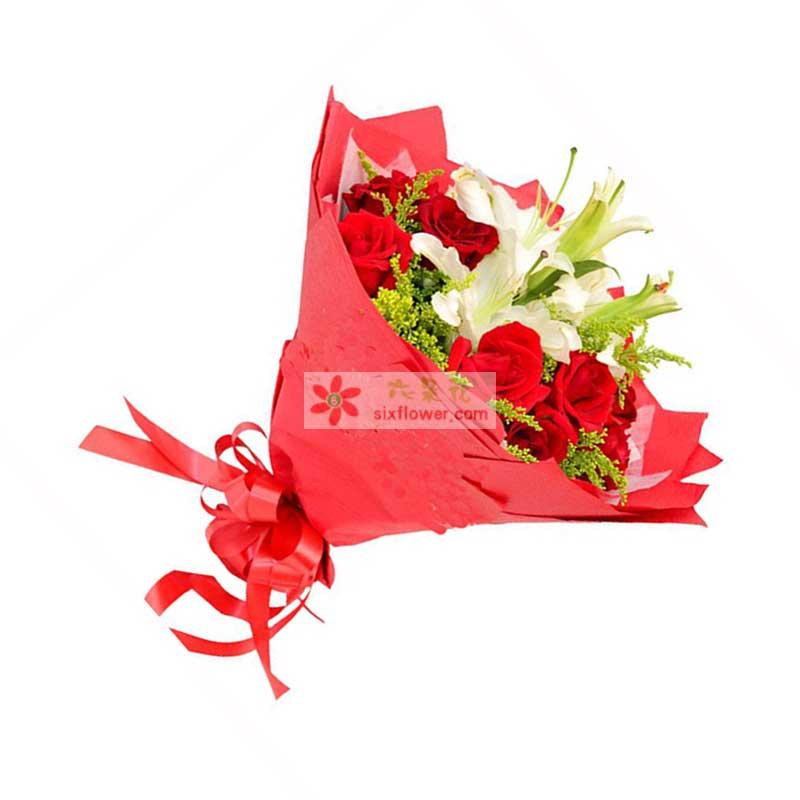 11枝顶级红玫瑰,2枝香水百合