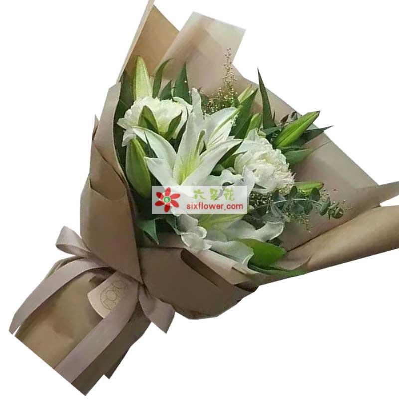4枝多头白色百合,2枝白色玫瑰,尤加利、情人草点缀
