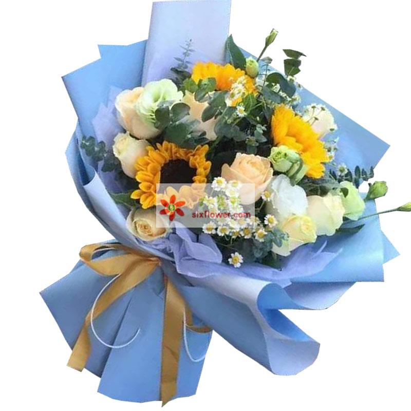 3朵向日葵,9朵香槟玫瑰,深深的祝愿