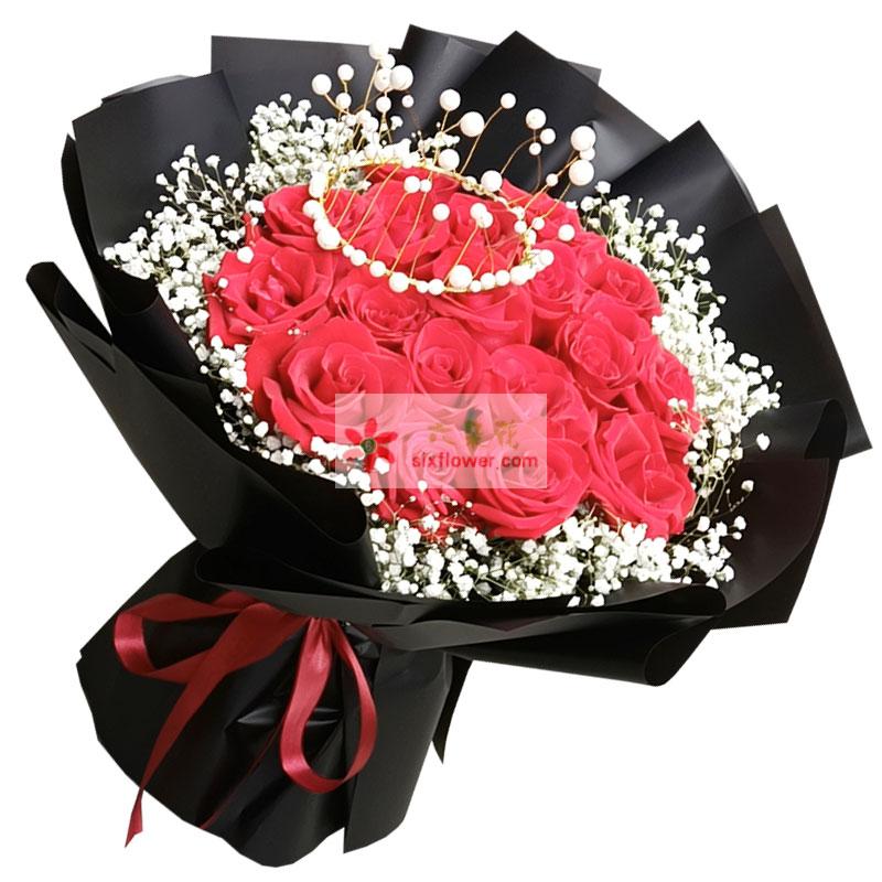19朵红玫瑰加皇冠,一世终老的承诺