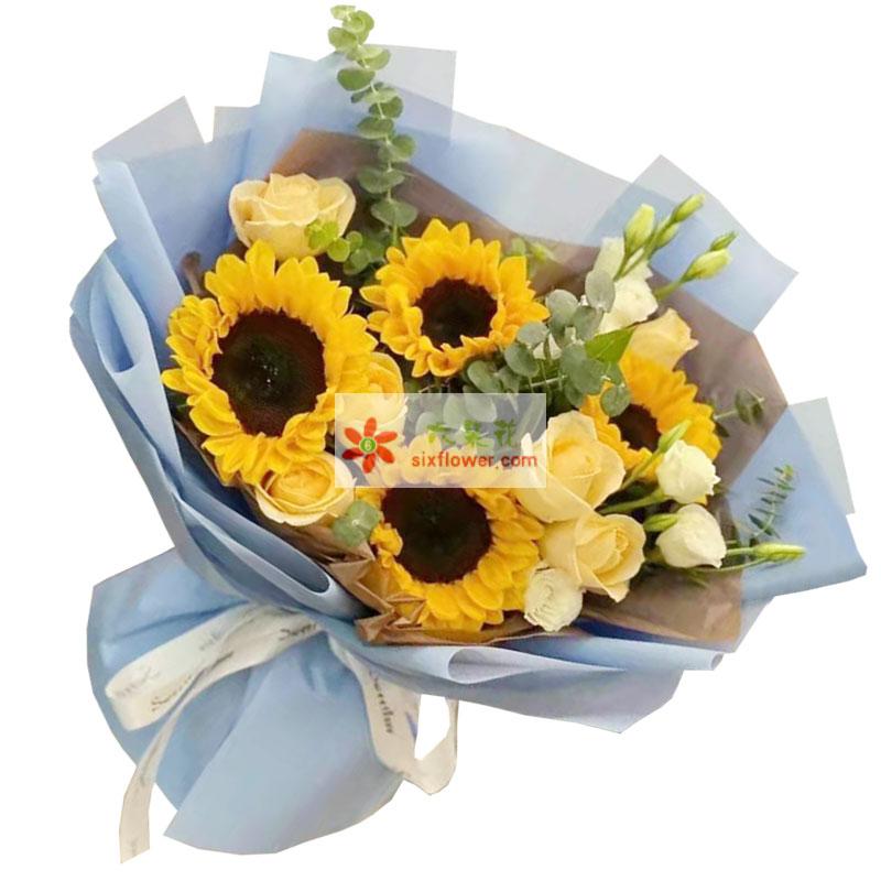 4朵向日葵,6朵香槟玫瑰,无限的祝福