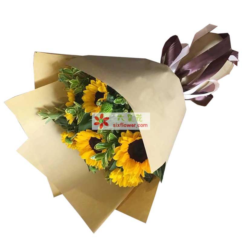 6枝向日葵,尤加利,雏菊搭配;