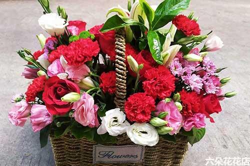 毕业给女老师送什么花呢